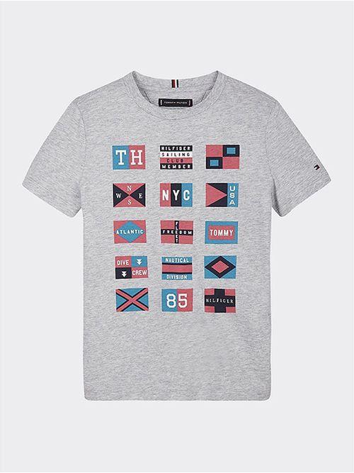 Camiseta-de-algodon-organico-con-logos-nauticos-Tommy-Hilfiger