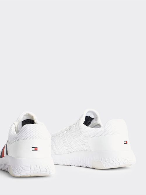 CORPORATE-LIGHT-RUNNER-Tommy-Hilfiger