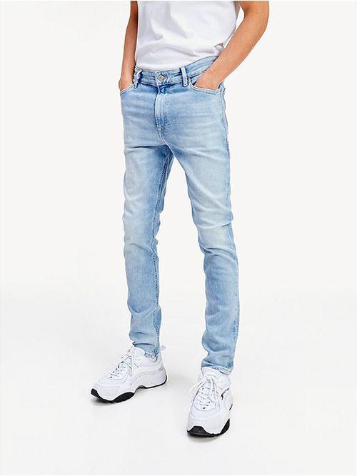Jeans-Simon-ceñidos-con-efecto-deslavado
