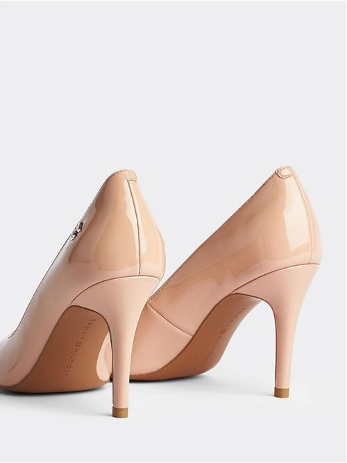 FEMININE-PATENT-HIGH-HEEL-PUMP