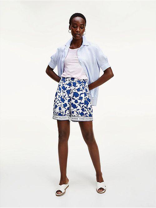 Pantalon-corto-de-viscosa-con-estampado-de-flores