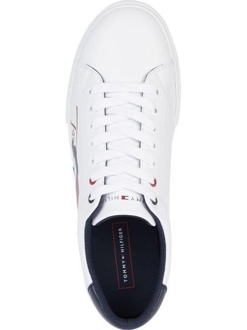 Zapatillas-de-pu-con-logo-de-bandera-y-firma-en-suela-vulcanizada