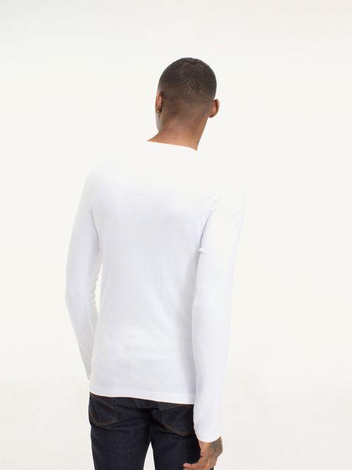 Camiseta-de-algodon-organico-elastico-y-manga-larga