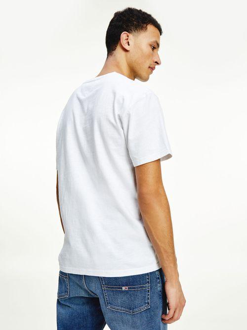 Camiseta-con-inscripcion-de-Tommy-Jeans