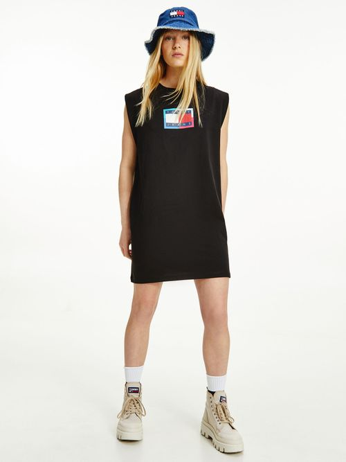 Vestido-camiseta-sin-mangas-con-logo