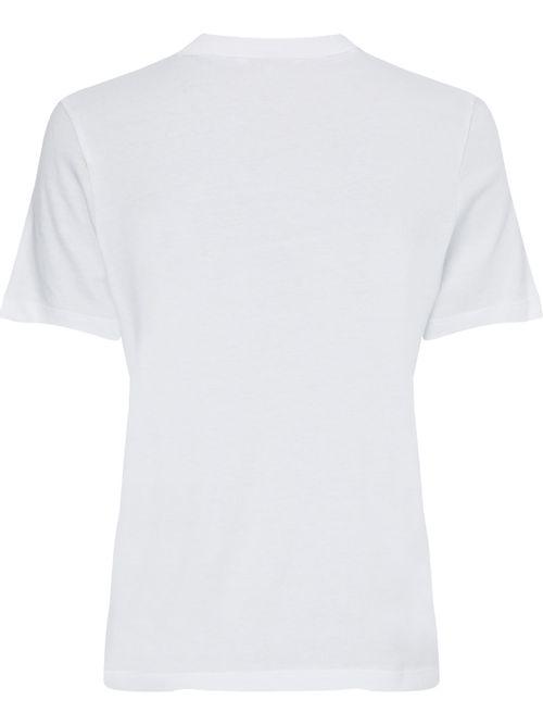 Camiseta-con-logo-de-flores