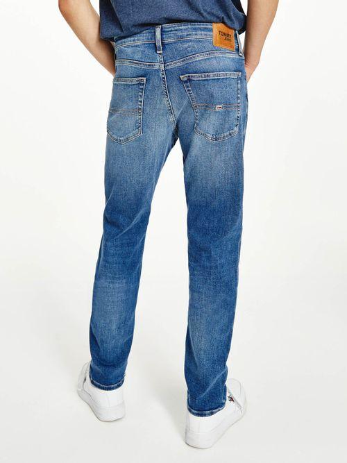 Jeanss-Scanton-ajustados-con-efecto-desteñido