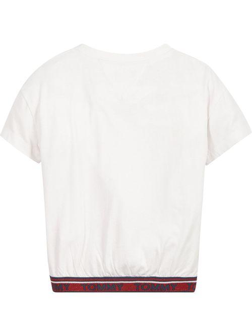 Camiseta-con-inscripcion-de-Tommy-Hilfiger